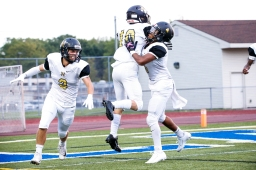 2019-08-29 C and G News - L'anse Creuse Vs L'anse Creuse North Football -Favs Social Post-3